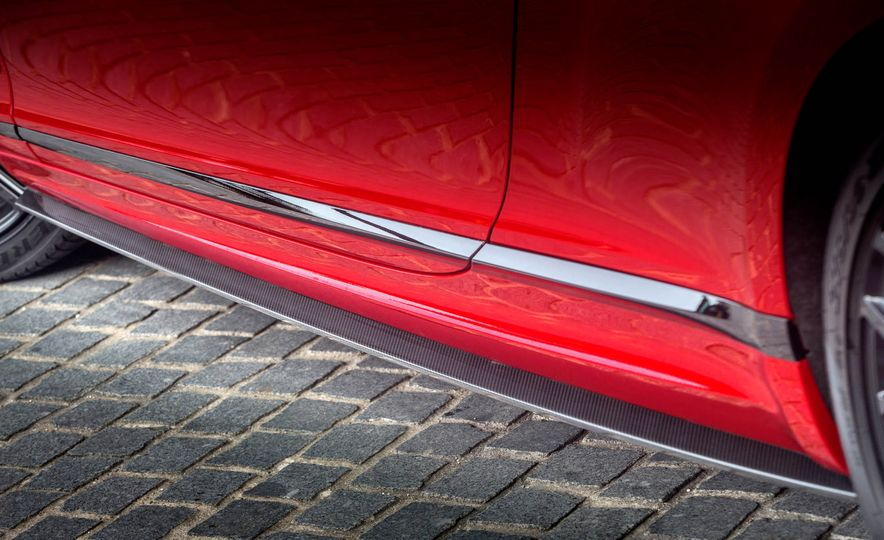 2018 Bentley Continental Supersports - Slide 25