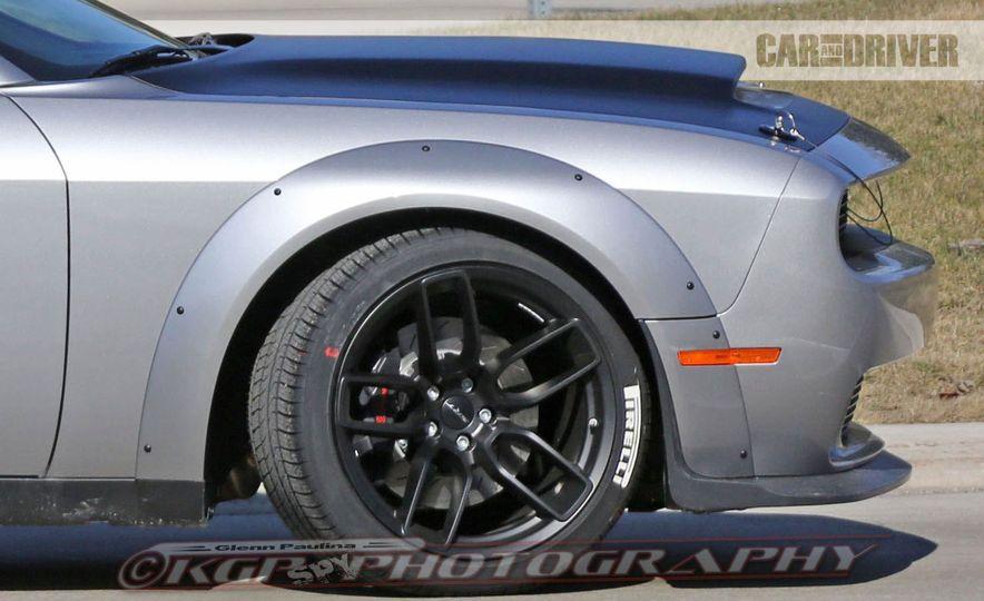 2018 Dodge Challenger SRT Demon (spy photo) - Slide 10