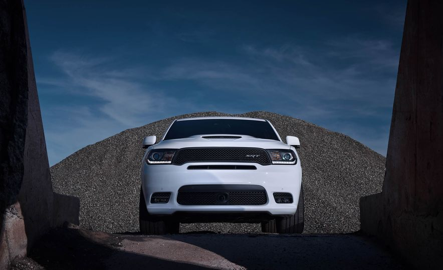 2018 Dodge Durango SRT - Slide 38