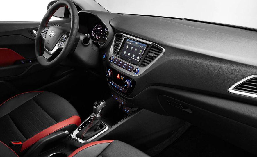 2018 Hyundai Accent - Slide 6