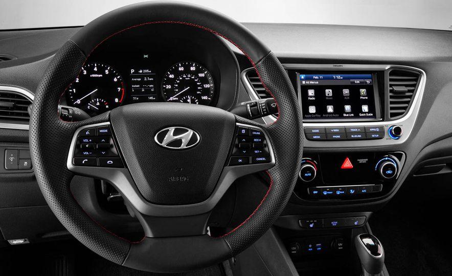 2018 Hyundai Accent - Slide 7