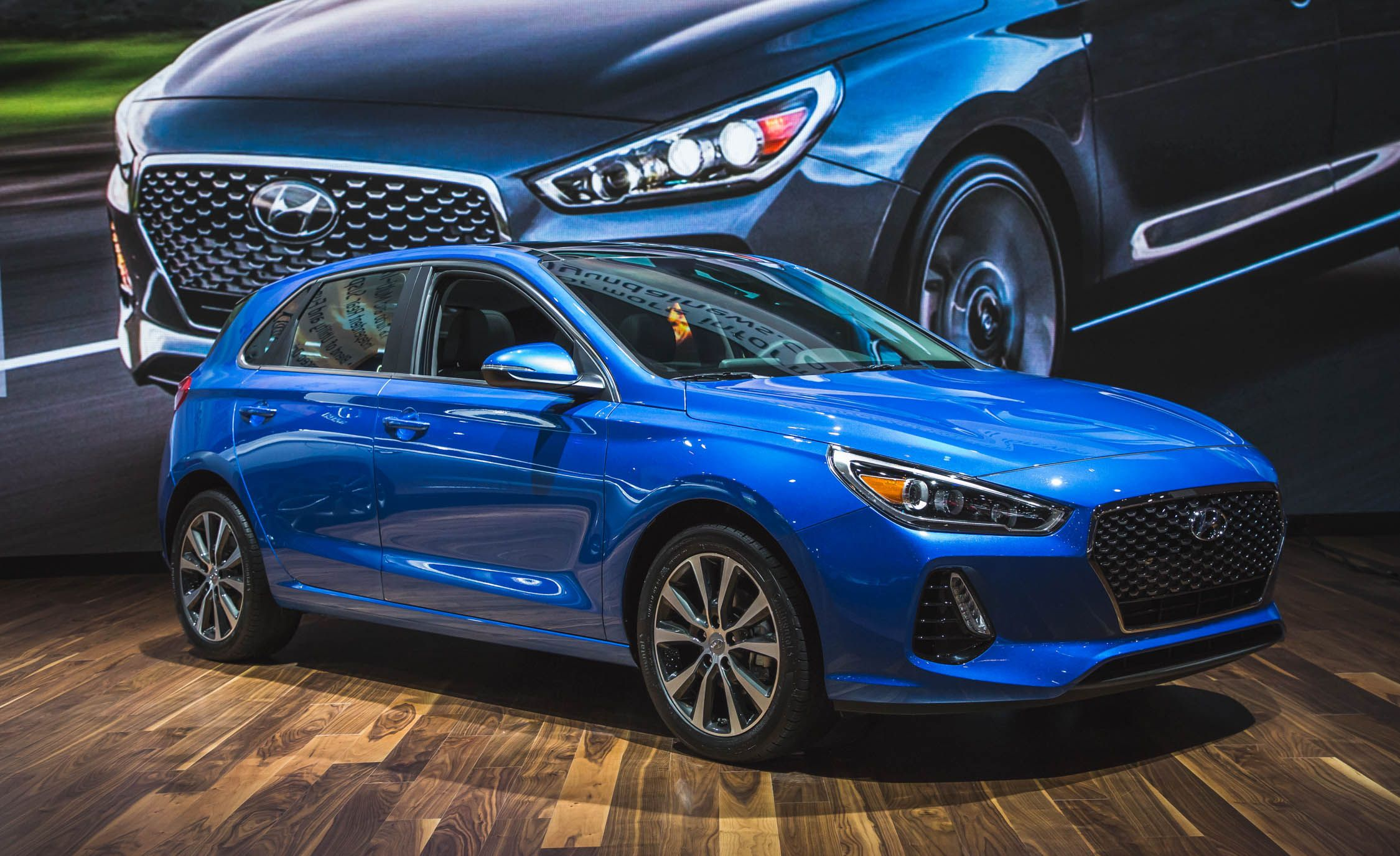 2018 Hyundai Elantra Gt A Euro Hatch With An Available Turbo Manual Combo