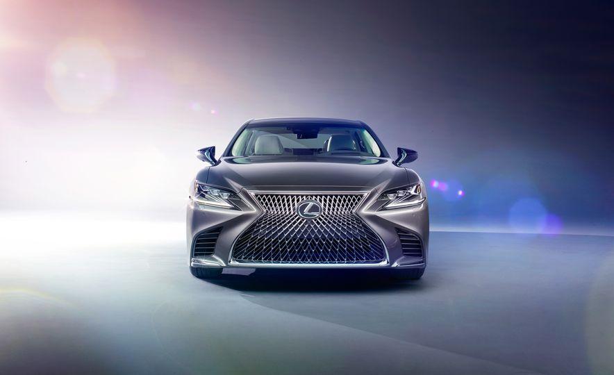 2018 Lexus LS500 - Slide 1