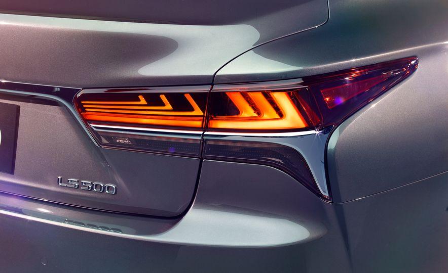 2018 Lexus LS500 - Slide 4