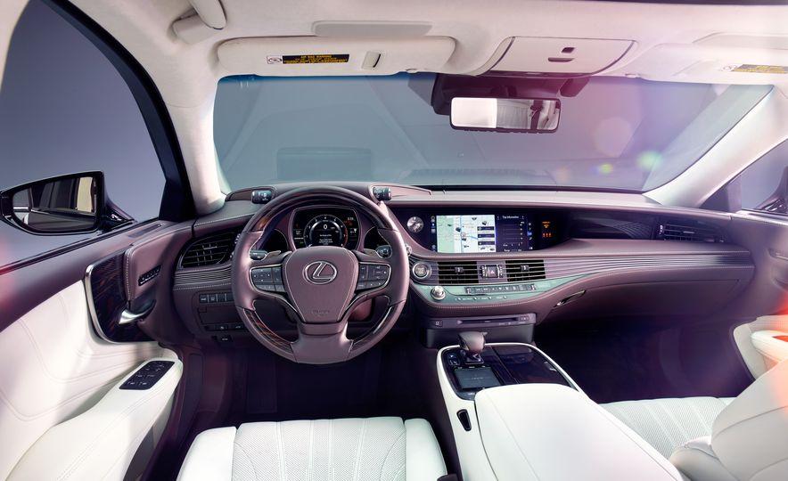 2018 Lexus LS500 - Slide 5