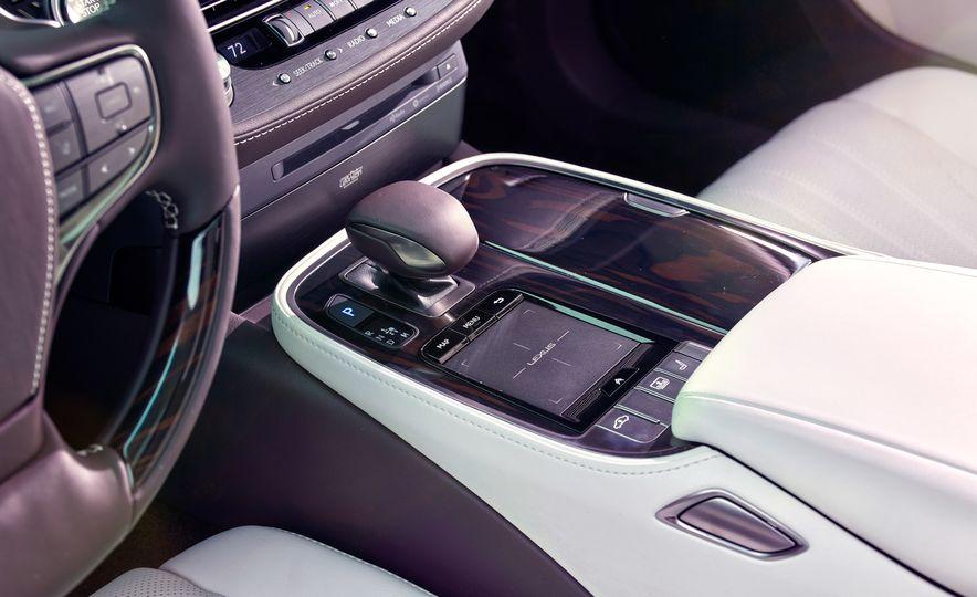 2018 Lexus LS500 - Slide 7