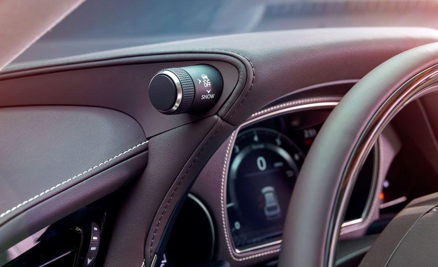 2018 Lexus LS500 - Slide 9