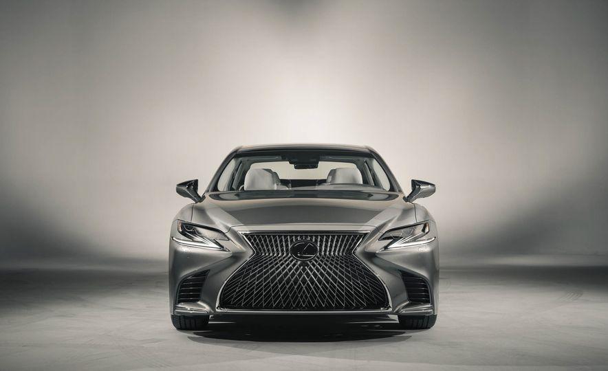 2018 Lexus LS500 - Slide 10