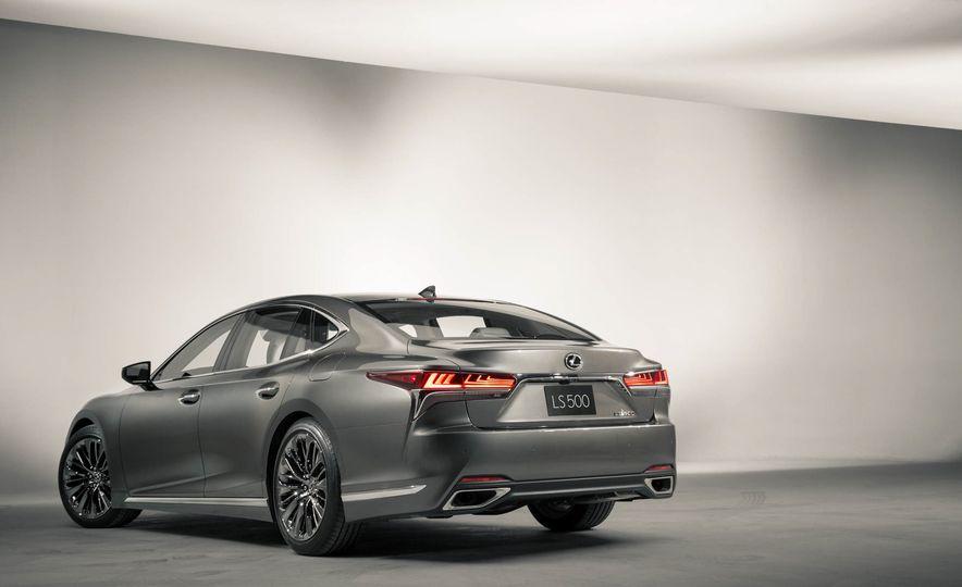2018 Lexus LS500 - Slide 14