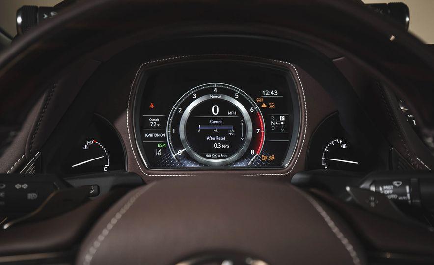 2018 Lexus LS500 - Slide 44