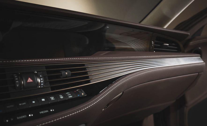 2018 Lexus LS500 - Slide 48