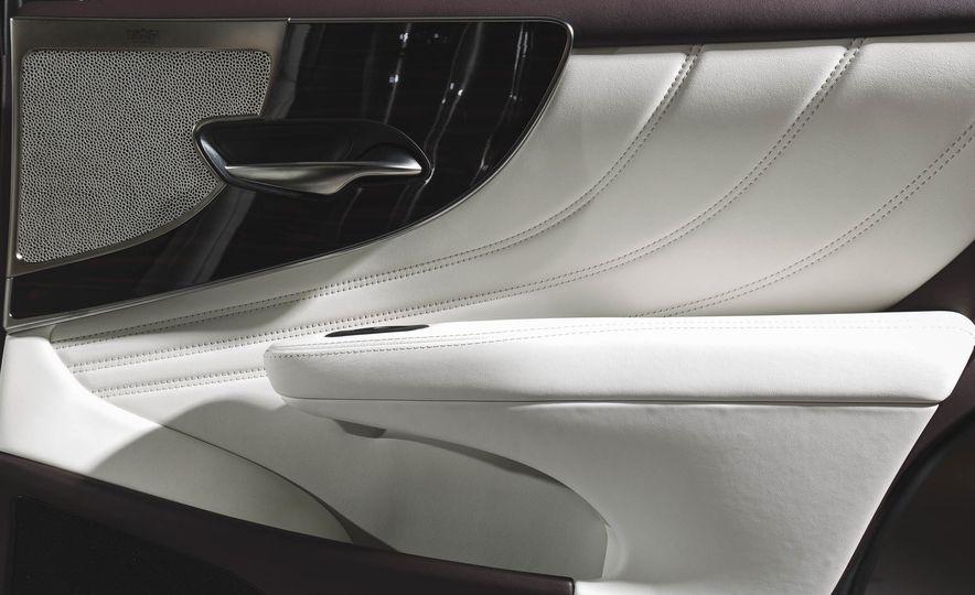2018 Lexus LS500 - Slide 50
