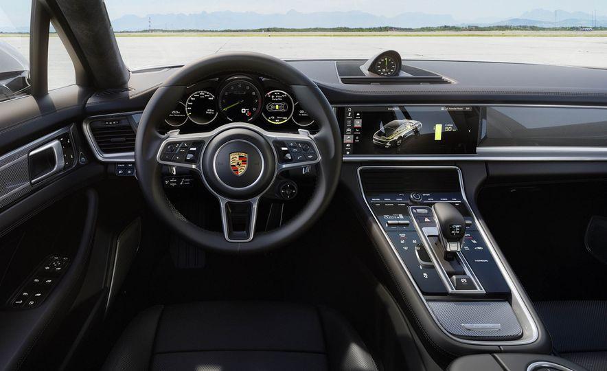 2018 Porsche Panamera Turbo S e-Hybrid - Slide 10