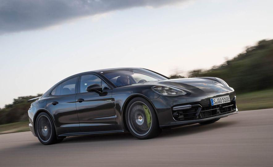 2018 Porsche Panamera Turbo S e-Hybrid - Slide 52