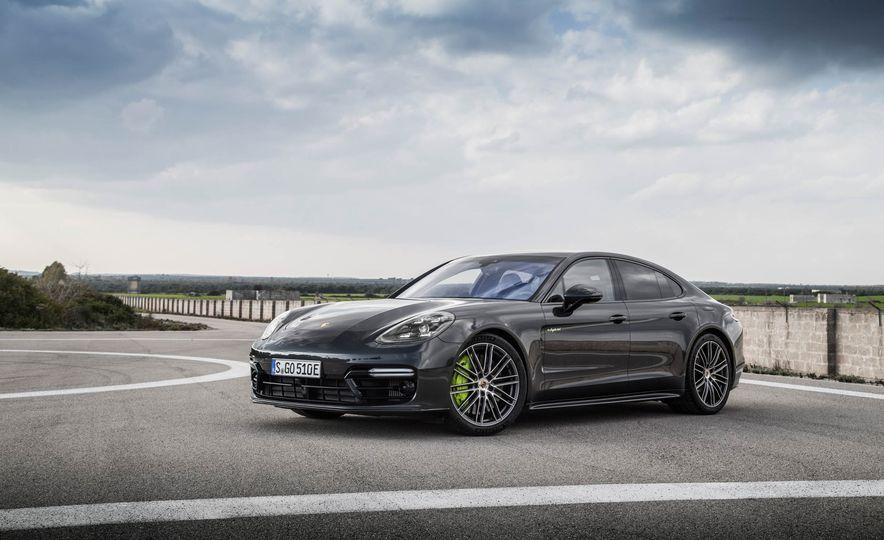 2018 Porsche Panamera Turbo S e-Hybrid - Slide 77