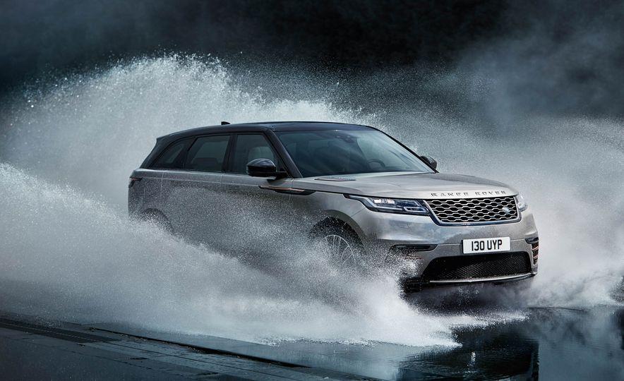 2018 Land Rover Range Rover Velar - Slide 24