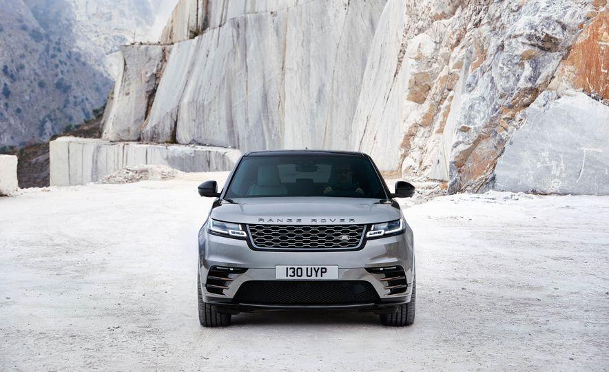 2018 Land Rover Range Rover Velar - Slide 28