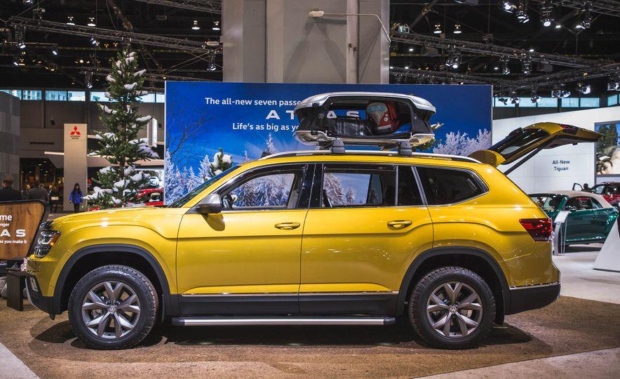 2018 Volkswagen Atlas Weekend Edition - Slide 3