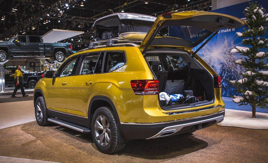 2018 Volkswagen Atlas Weekend Edition - Slide 4