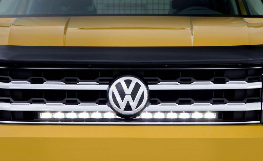 2018 Volkswagen Atlas Weekend Edition - Slide 12