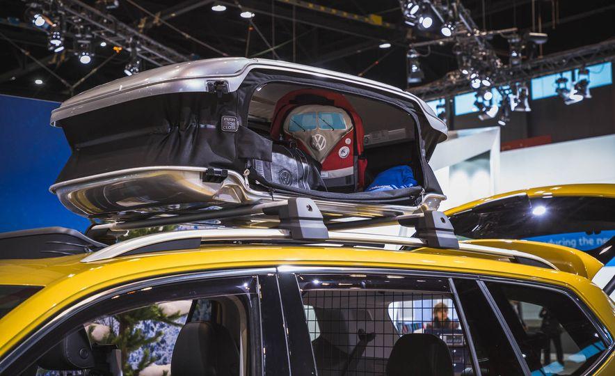 2018 Volkswagen Atlas Weekend Edition - Slide 7
