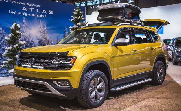 """What Is a """"Weekend""""? Volkswagen Shows Atlas Weekend Edition with Accessories"""