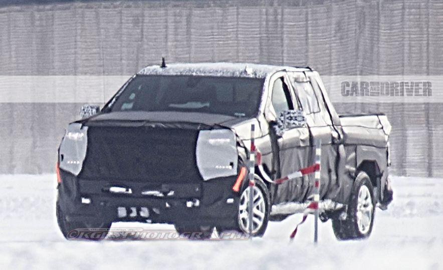 2019 Chevrolet Silverado (spy photo) - Slide 2