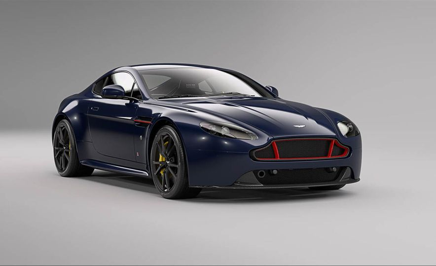 Aston Martin V8 Vantage S Red Bull Racing Edition - Slide 2