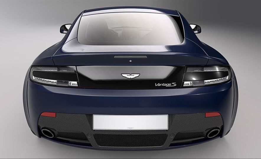 Aston Martin V8 Vantage S Red Bull Racing Edition - Slide 5