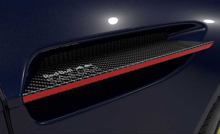 Aston Martin V8 Vantage S Red Bull Racing Edition - Slide 9