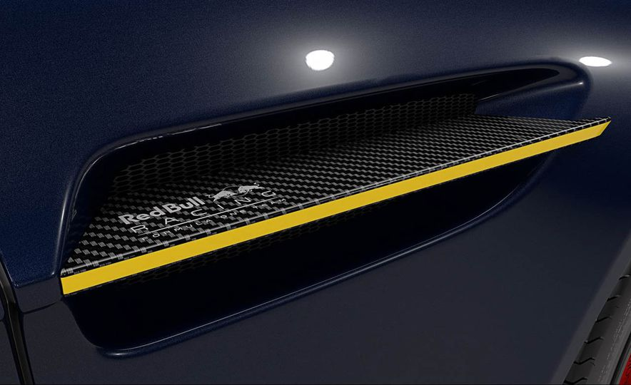 Aston Martin V8 Vantage S Red Bull Racing Edition - Slide 16