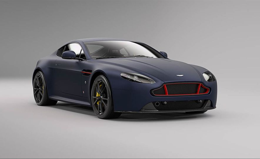 Aston Martin V8 Vantage S Red Bull Racing Edition - Slide 18
