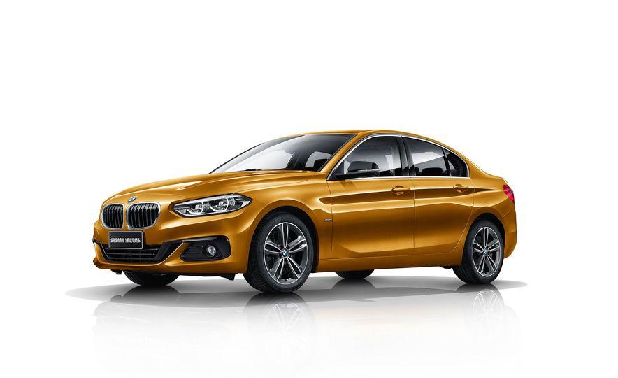 BMW 125i (Chinese-spec) - Slide 2