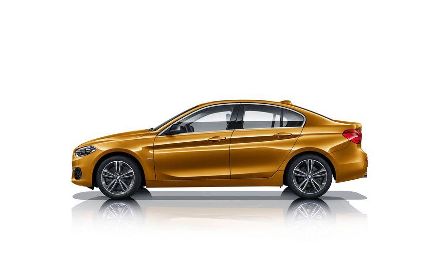 BMW 125i (Chinese-spec) - Slide 3