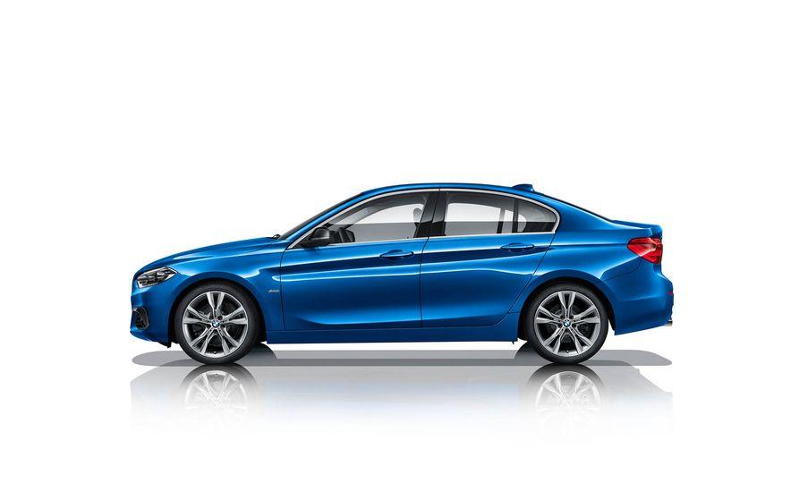 BMW 125i (Chinese-spec) - Slide 7