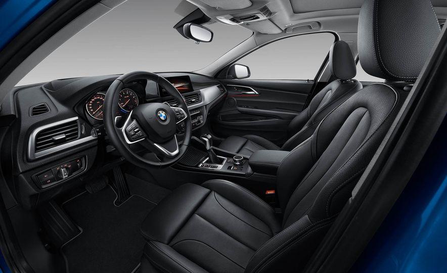 BMW 125i (Chinese-spec) - Slide 10