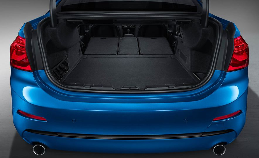 BMW 125i (Chinese-spec) - Slide 12
