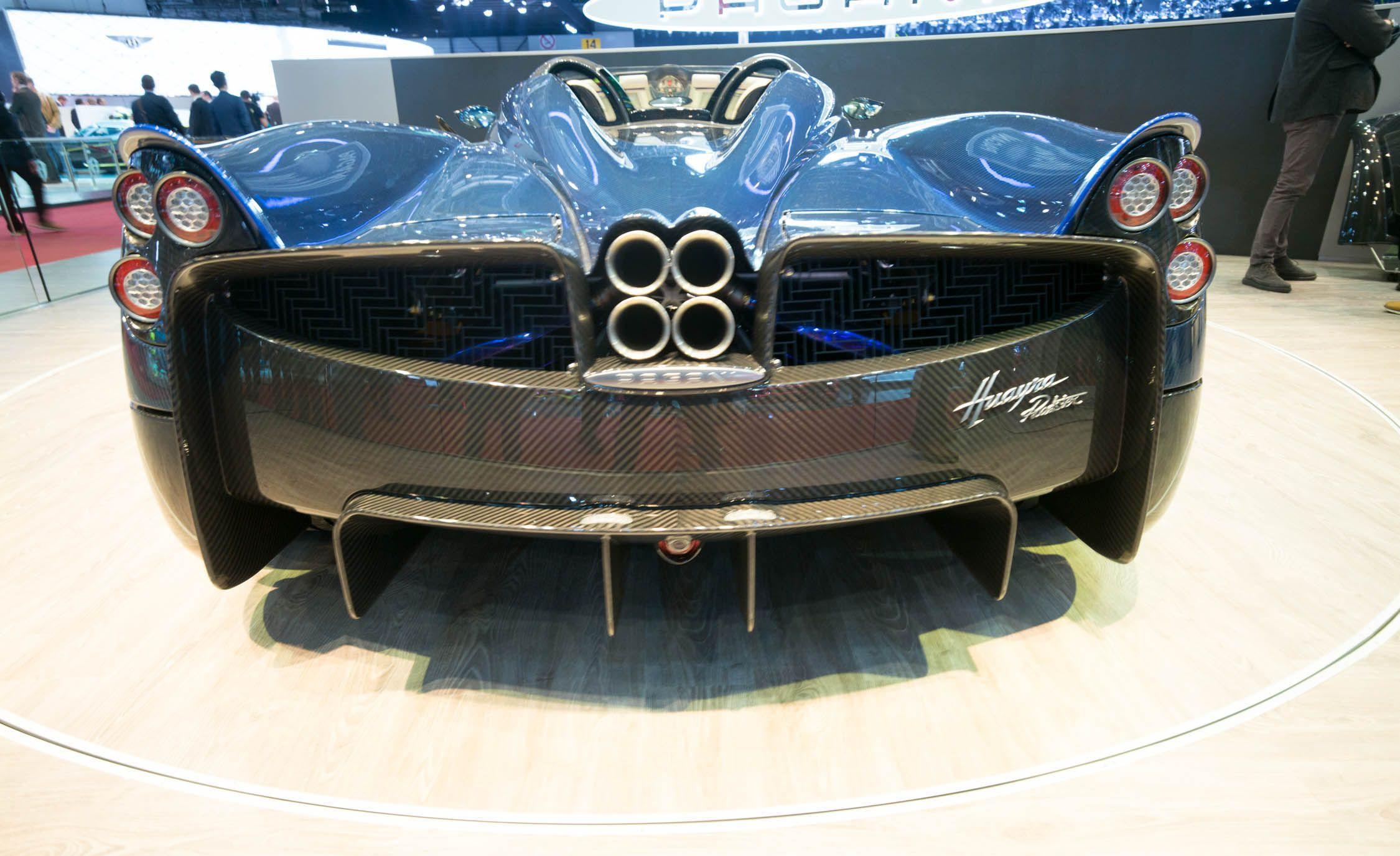 Pagani Huayra Reviews | Pagani Huayra Price, Photos, And Specs | Car And  Driver
