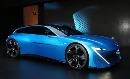 Basic Instinct, Basic Self-Driving Concept Car: Peugeot Instinct Predicts the Future, in French
