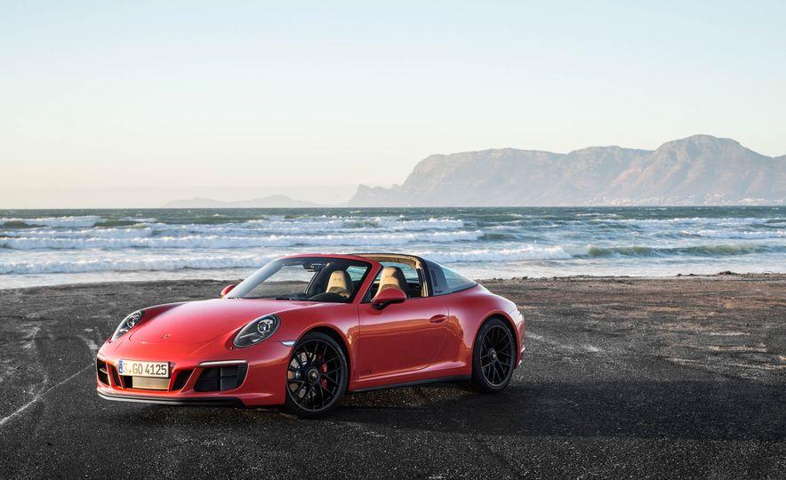 Development of a Porsche 911 Plug-In Hybrid Is Truly Dead - Slide 24