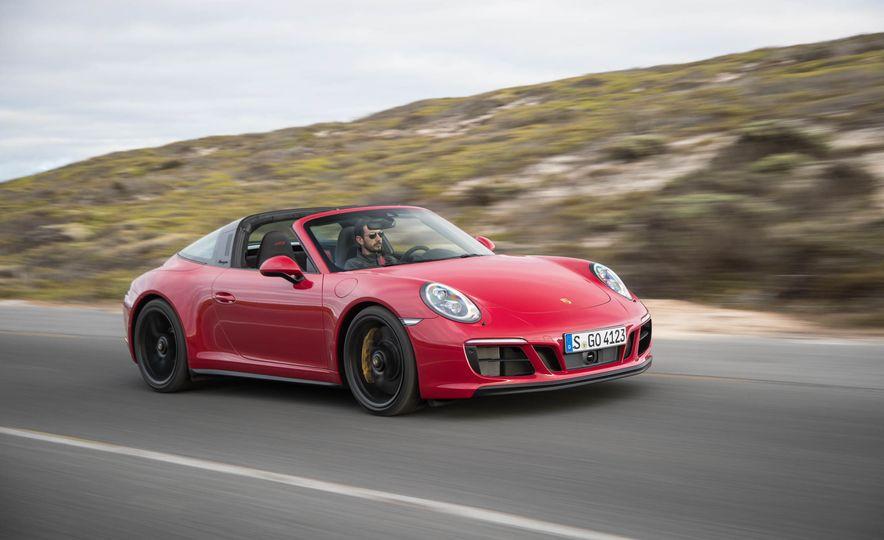 Development of a Porsche 911 Plug-In Hybrid Is Truly Dead - Slide 22