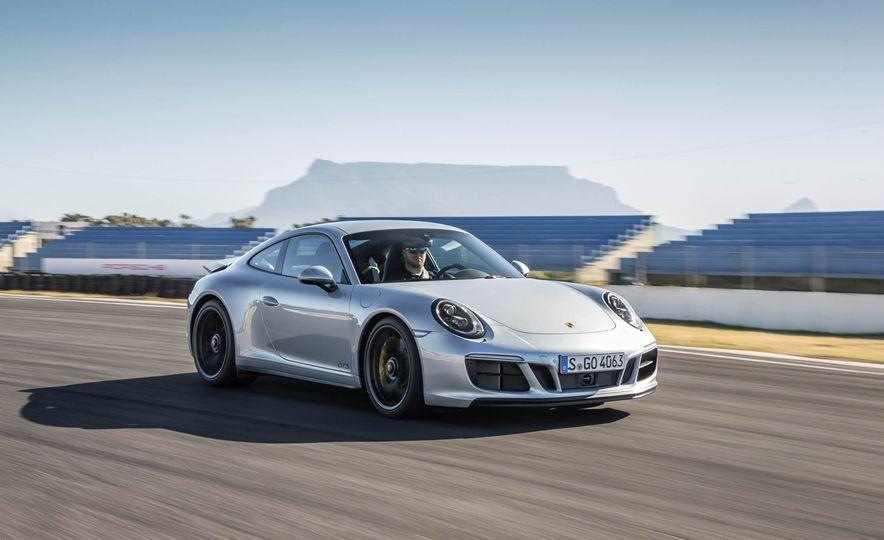 2017 Porsche 911 Targa 4 GTS - Slide 45