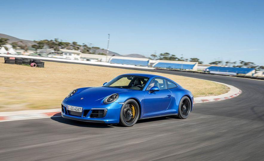 2017 Porsche 911 Targa 4 GTS - Slide 65