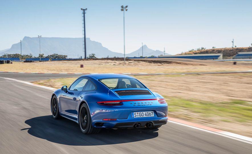 2017 Porsche 911 Targa 4 GTS - Slide 67
