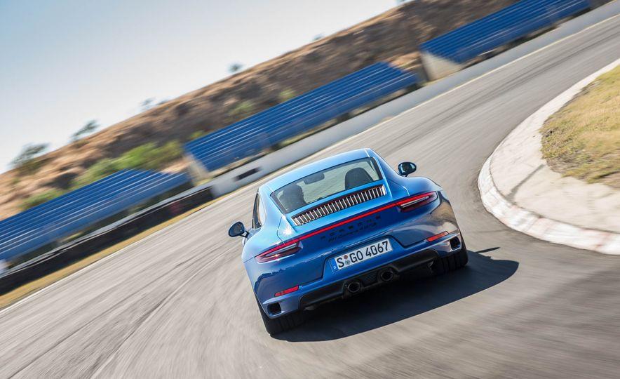 2017 Porsche 911 Targa 4 GTS - Slide 68