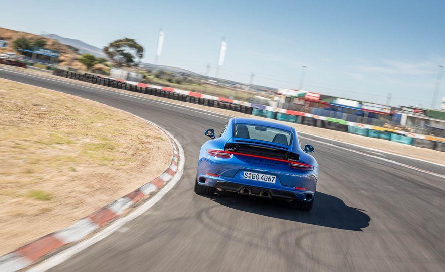 2017 Porsche 911 Targa 4 GTS - Slide 69