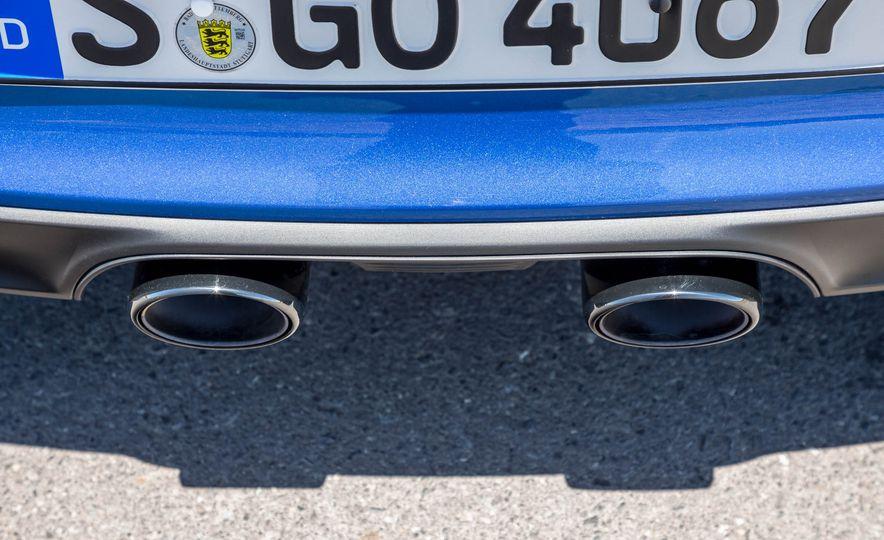 2017 Porsche 911 Targa 4 GTS - Slide 79
