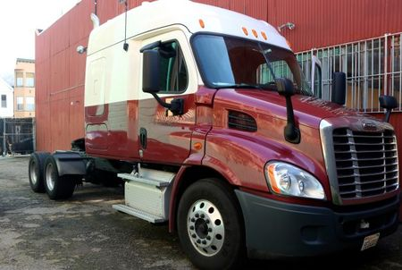 Competition Heats Up in Race to Put Self-Driving Trucks on the Road