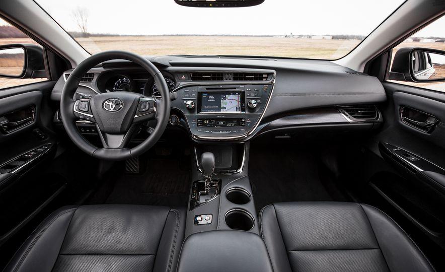 2016 Toyota Avalon Limited - Slide 19