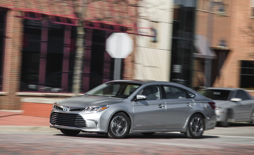 2016 Toyota Avalon Limited - Slide 41